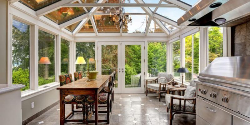 15 Enclosed Patio Ideas to Revamp Your Outdoor Experience 2020