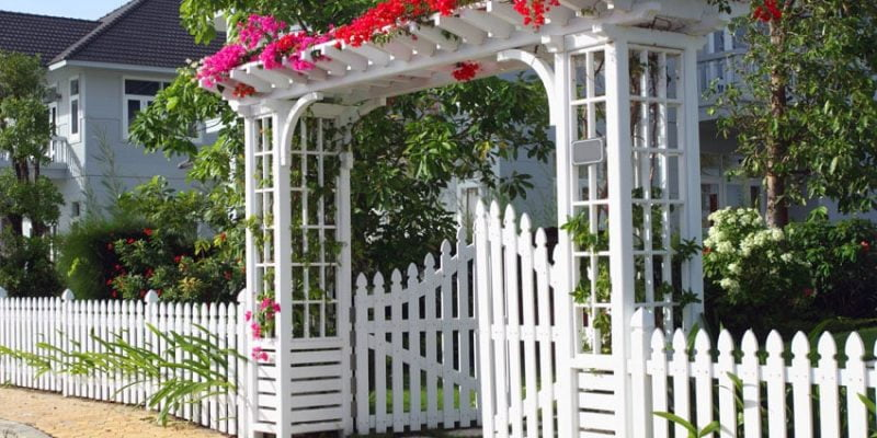 Best White Picket Fence Ideas, Designs, Pictures in 2020