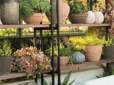 15 DIY Outdoor Plant Stands That You Will Love