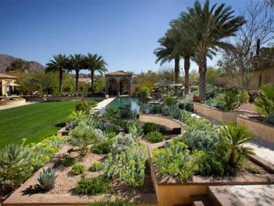 17 Effortless Yet Outstanding Desert Landscaping Ideas