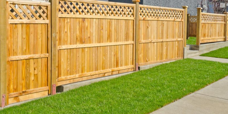 How Much Does It Cost to Put Up a Fence Gate?