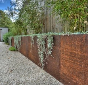 Concrete Retaining Walls Mounted with Wooden Sheet