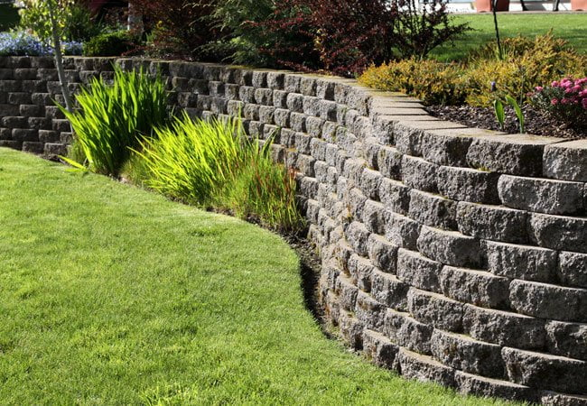 Curvy Retaining Wall