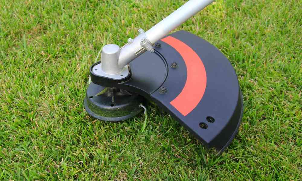 Black and Decker LST136W String Trimmer