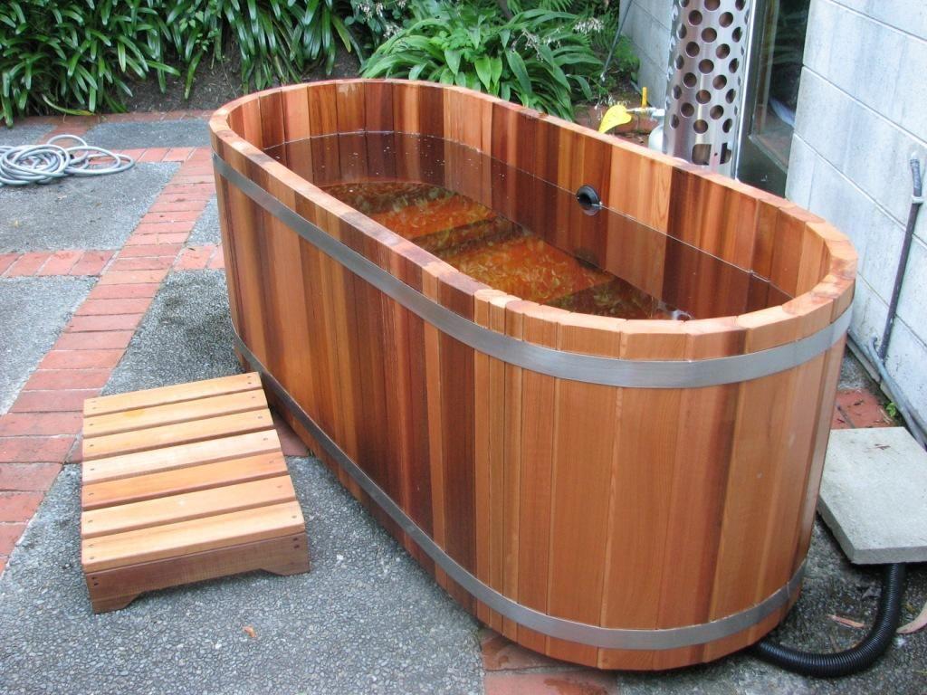 Japanese Soaking Hot Tub