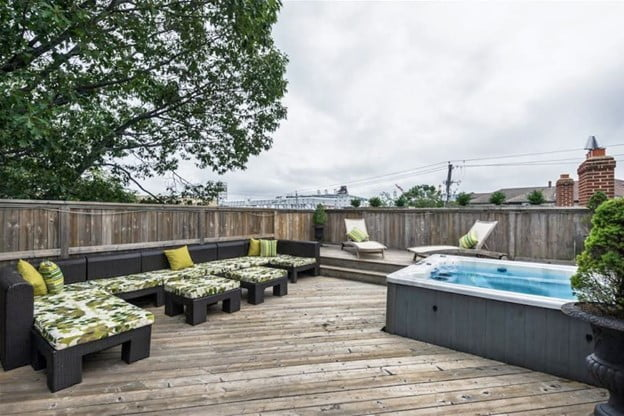 Large space Hot tub Decks