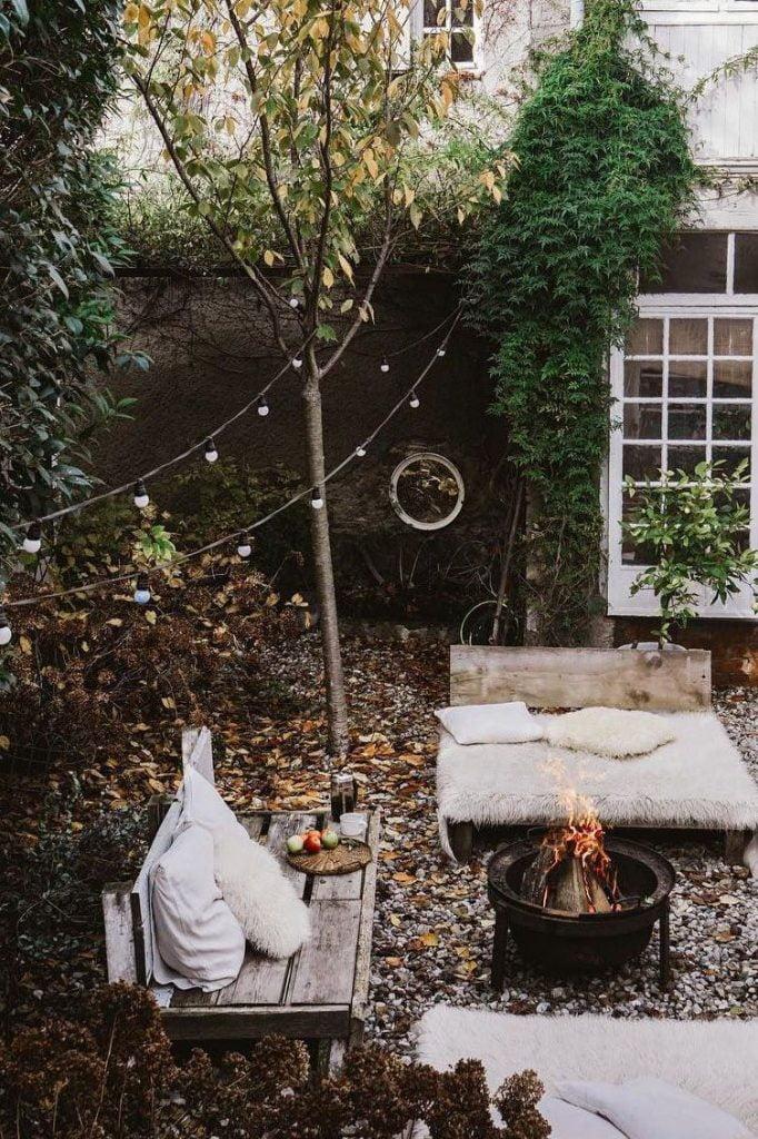 Decorate the Backyard