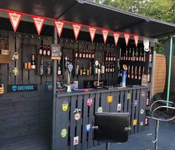 Pallet Beer Bar