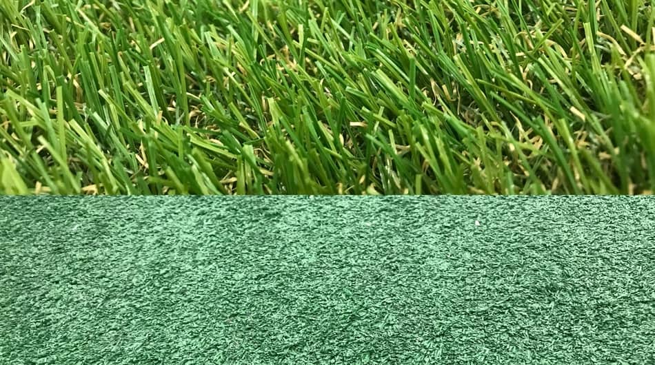 Real Grass vs. Artificial Turf!