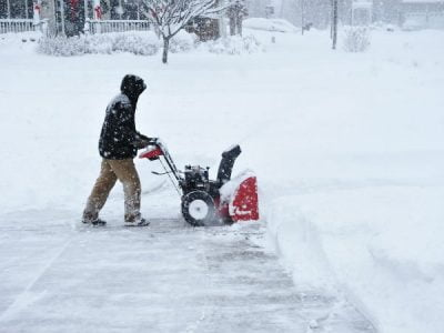 Snowblower Will not Start? Tips and Tricks to Solve Your Problem