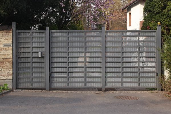 ᐈ Modern driveway gate stock pictures, Royalty Free automatic gate images | download on Depositphotos®