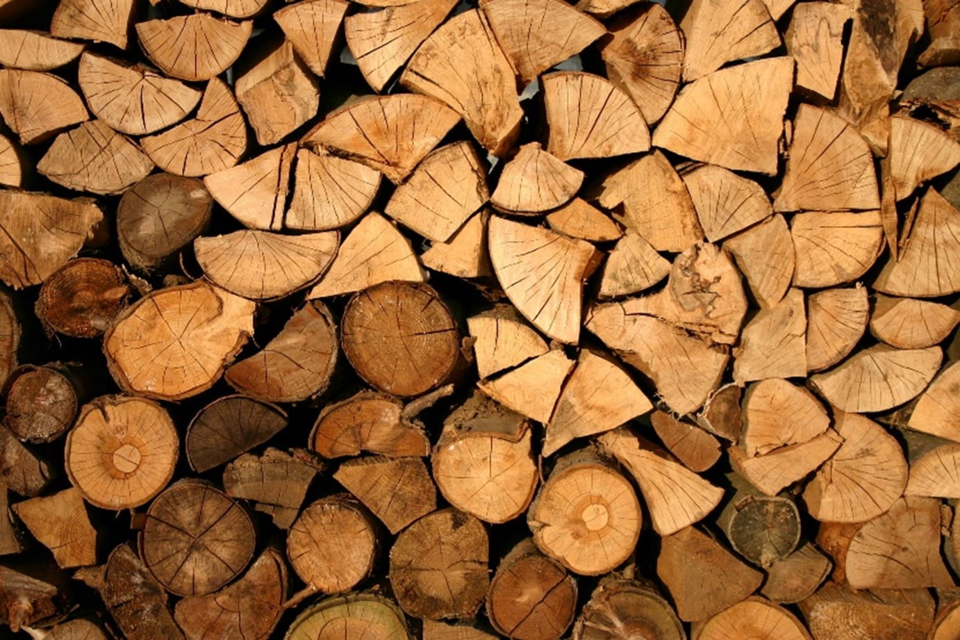 5 Ways to Store a Rick of Firewood