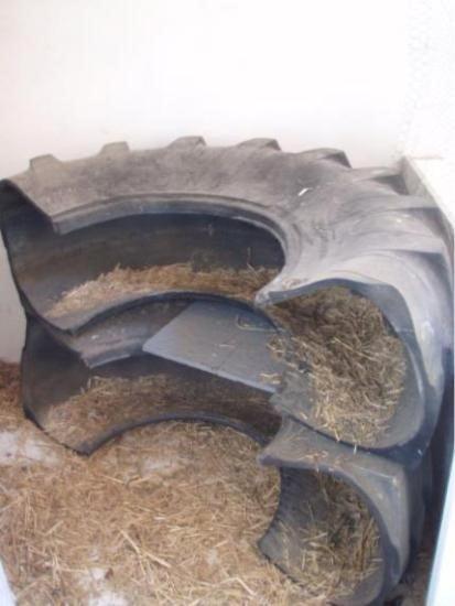 Large Tire Nesting Box