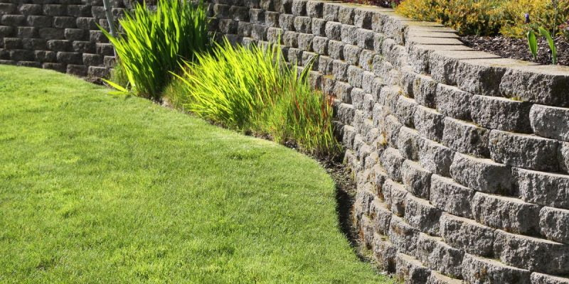 Weep Holes in Retaining Walls -Types, Functions and When its Required.