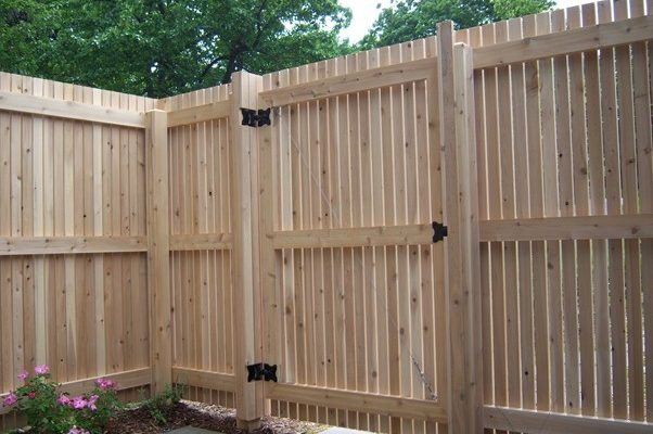 The Best Ways to Install a Fence Gate