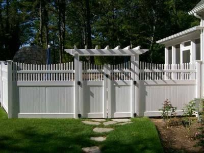 Vinyl Fence Gate Ideas