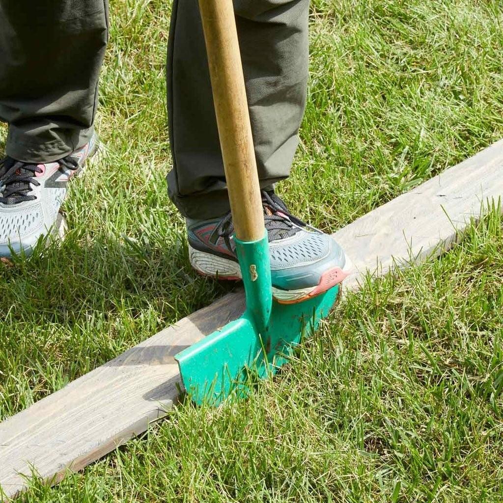 Simple Lawn Edging