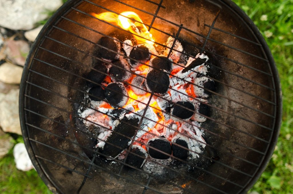 What Are the Best Briquettes for Cooking