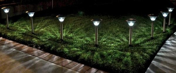 Solar Power-driven Garden Lights